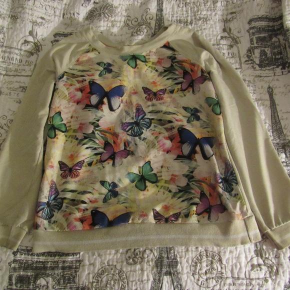 BONGO Tops - Botanical Sweatshirt